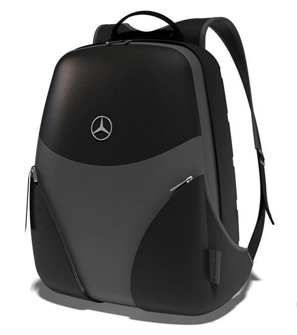 Mercedes Benz | Merchandising