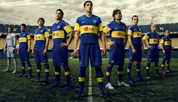Google ?? http://www.playerchampion.com/wp-content/uploads/2011/12/2011-Boca-Juniors-Nike-Home-Jersey.jpg ?????