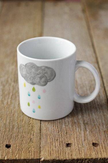 Rainy cloud mug // Tasse nuage qui pleut by Asleepfromday on Etsy