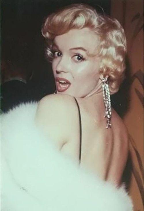 Marilyn Photo by Milton Greene, 1956 - simple dreams...