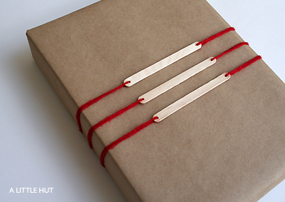 A Little Hut - Patricia Zapata: gift tag no. 3 - popsicle sticks