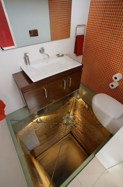 Scary Penthouse Bathroom Sits on 15-Floor Elevator Shaft | Designs & Ideas on Dornob