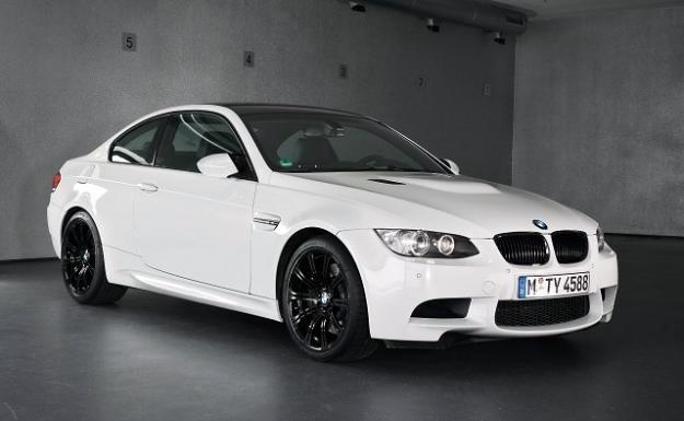 Résultats Google Recherche d'images correspondant à http://3.bp.blogspot.com/-6nJ331sjo90/Tt8alAYIz9I/AAAAAAAAAy0/hBA4yYsWQ5o/s640/BMW-M3_Coupe_US-Version_US-cars2.jpg