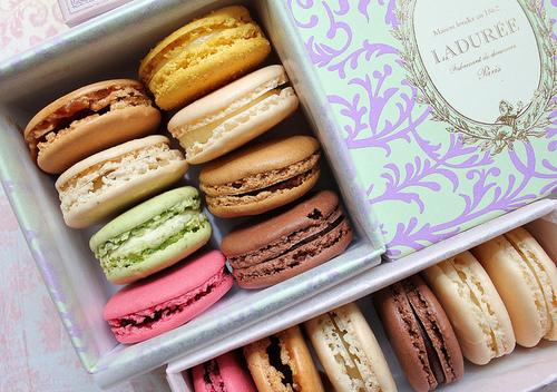BEAUTY FLASH: Ladurée Makeup Line! |