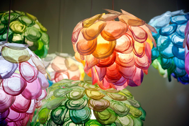 http://mocoloco.com/fresh2/upload/2012/05/daydream_lights_by_tomomi_sayuda/daydream_lights_tomomi_sayuda_5b.jpg