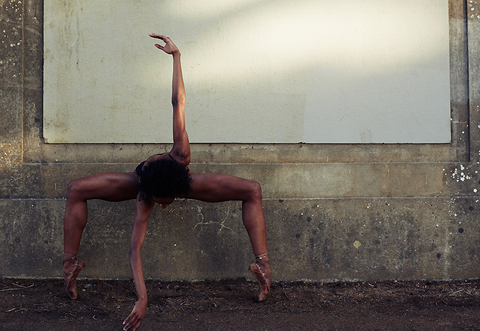 Circus-themed photographs by Bertil Nilsson — Lost At E Minor: For creative people