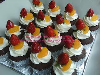Dapur Yuri - Online Cake Shop: Fruit cupcakes