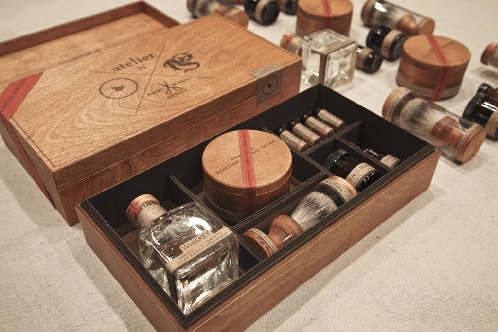 Portland_General_Store_-_Limited_Edition_Mens_Grooming_Kit.jpg 1,024×683 pixels