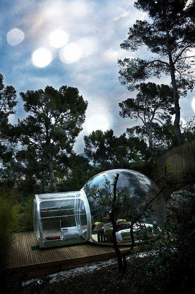 Check out these Stunningly-Unique Transparent Bubble Tents
