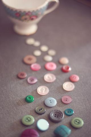 Buttons iPhone Hd Wallpaper Free iPhone Wallpapers and Backgrounds | WallpaperLa