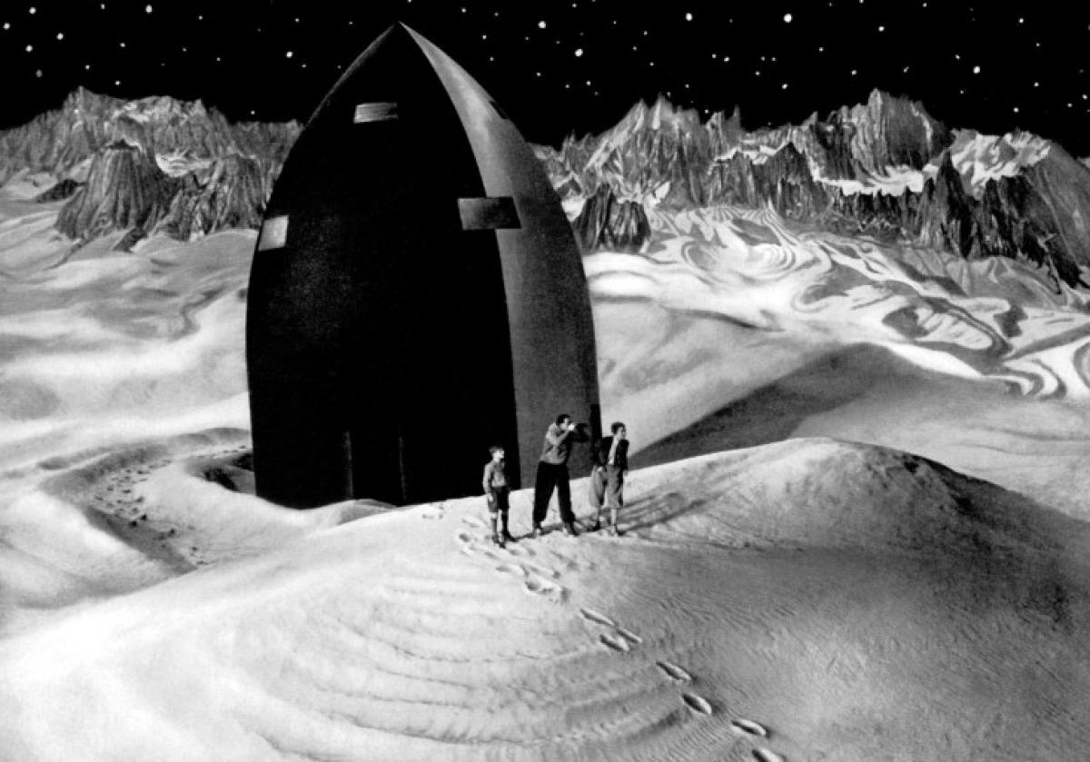femme-sur-la-lune-29-01-g.jpg (Image JPEG, 1200x839 pixels) - Redimensionnée (91%)