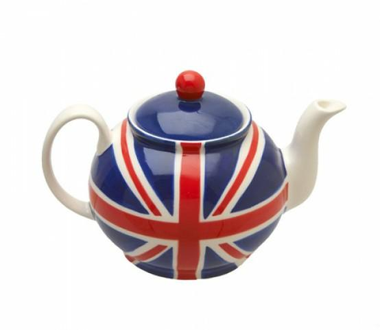 time for tea, love! / God save the queen!