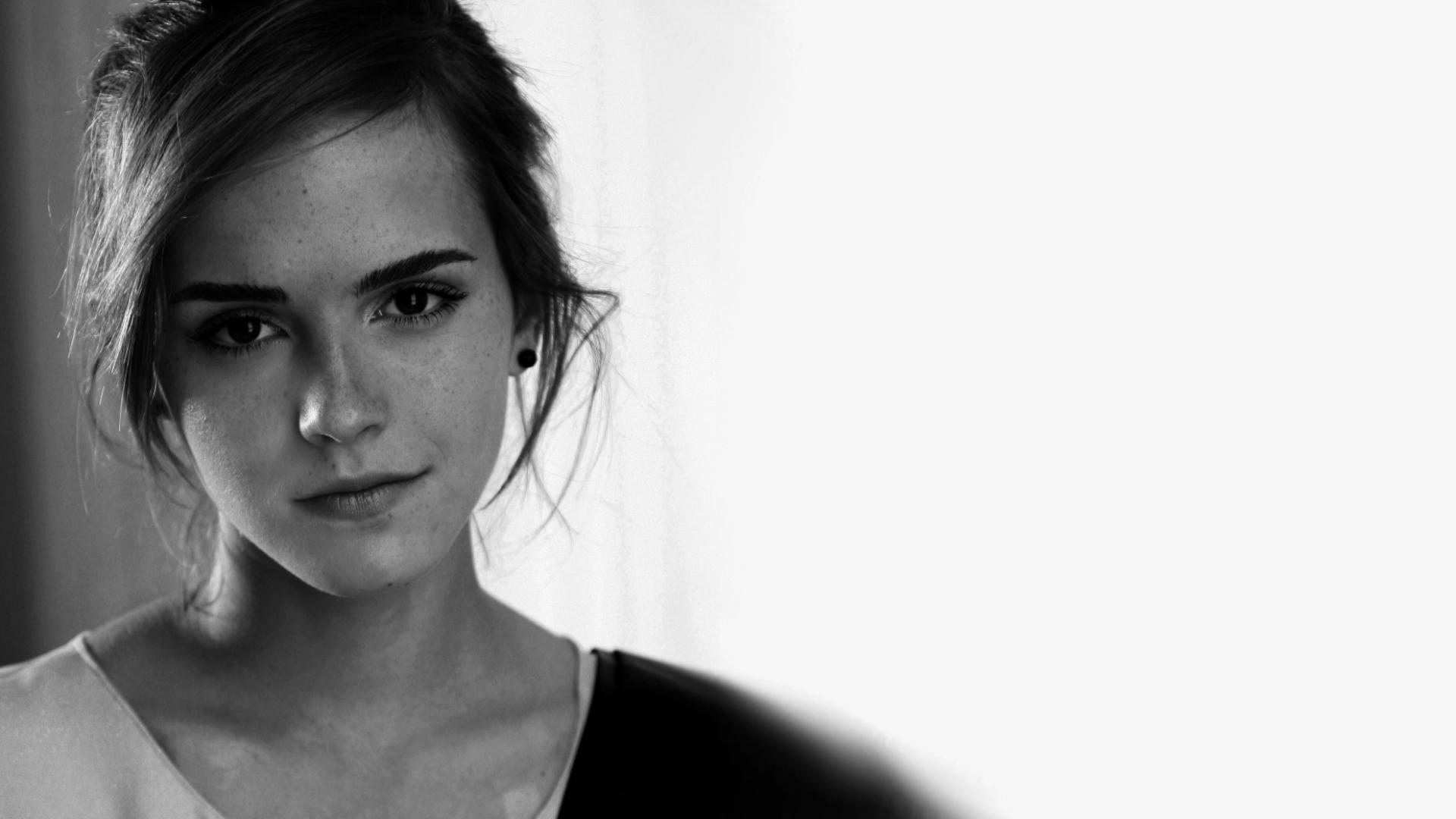 women Emma Watson actress freckles monochrome start - Wallpaper (#1136071) / Wallbase.cc