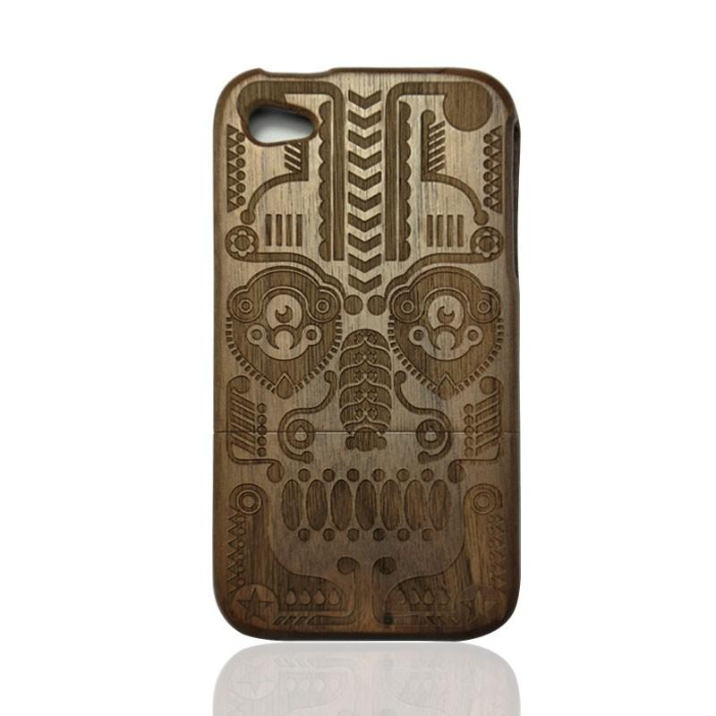 Walnut Iphone4/4s Case- Hand Carved Totem
