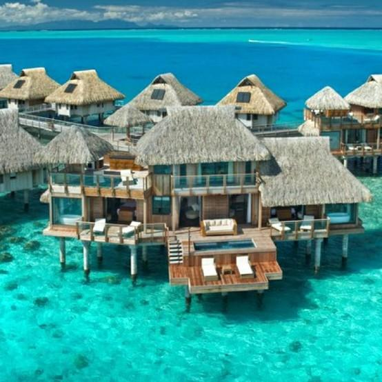 Travel loves / Hilton in Bora Bora.