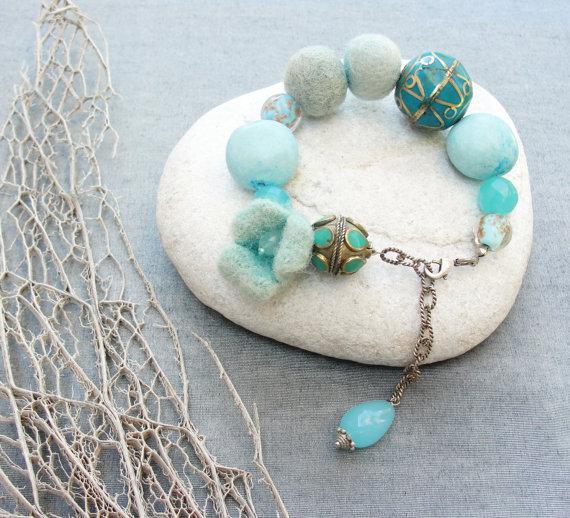 Fresh Breeze Bracelet with Gemstone Alpaca Glass by StaroftheEast