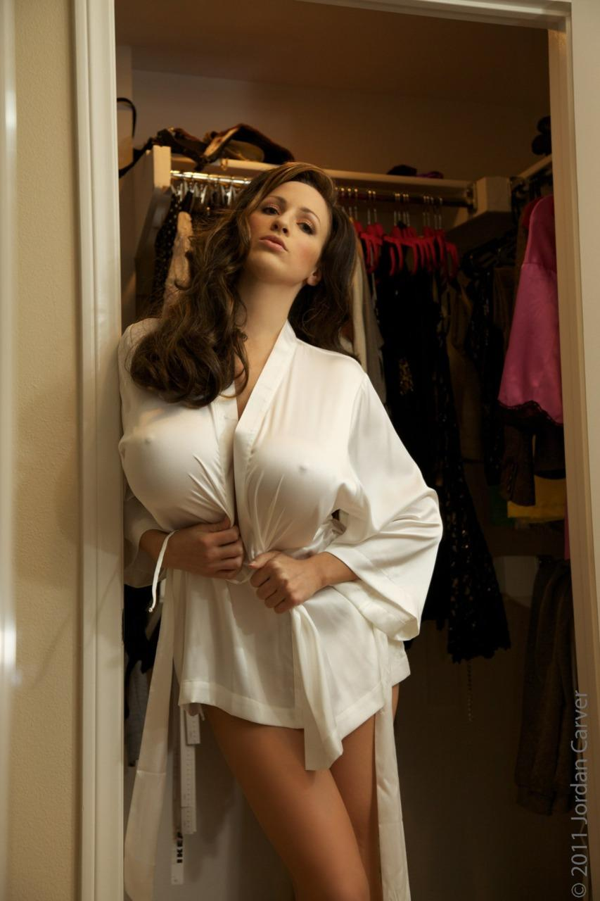 Picture 4586 « Jordan Carver is something straight out of Science Fiction « Regretful Morning
