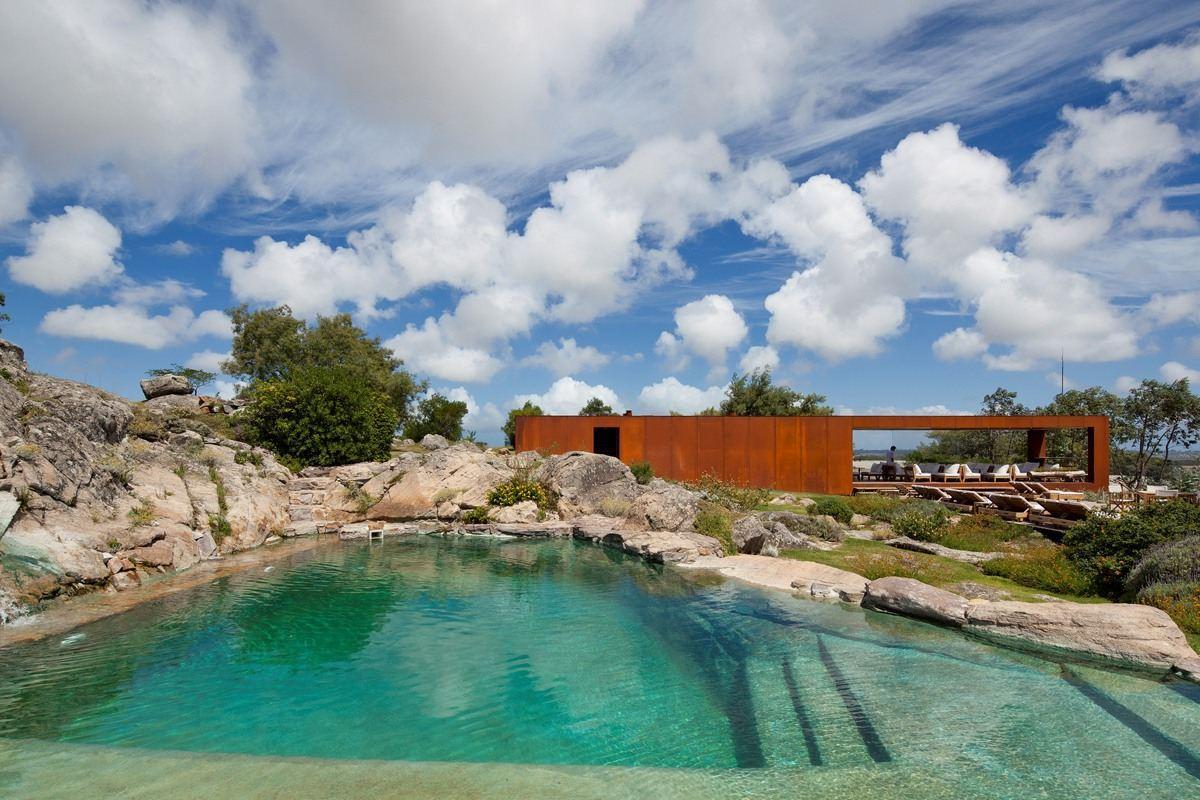 View full picture gallery of Las Piedras Fasano
