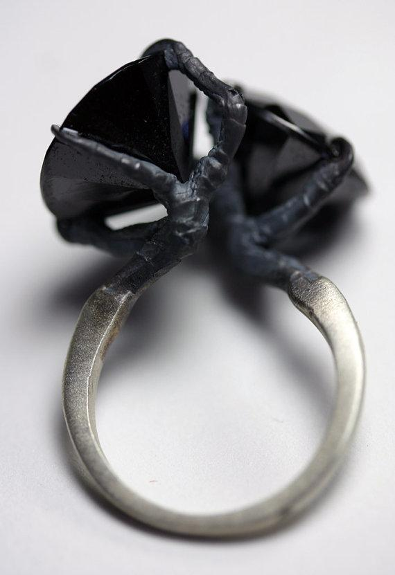 sparrow claw conjoined ring by BloodMilk on Etsy