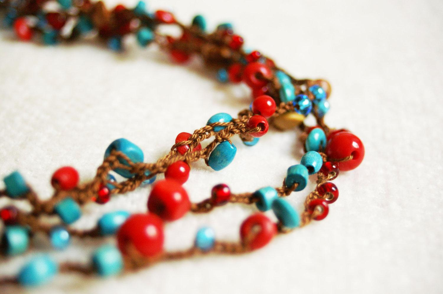 Crocheted necklace bracelet Red and turquoise by TomBjornDesigns