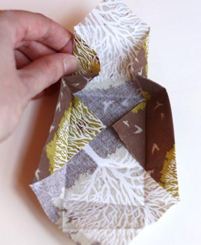 Handmade Gifts: DIY Gifts | Fabric origami box