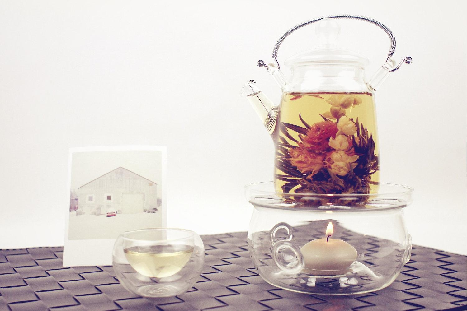 Exotic Glass Teapot Set with 3x Double Glass by Acupofafternoontea