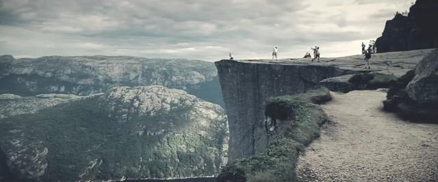 A Walk in Nature – Fubiz™