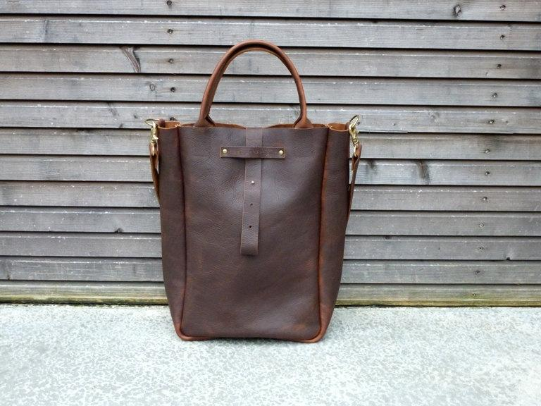 Oiled leather bag/weekend bag in brownwith by treesizeverse