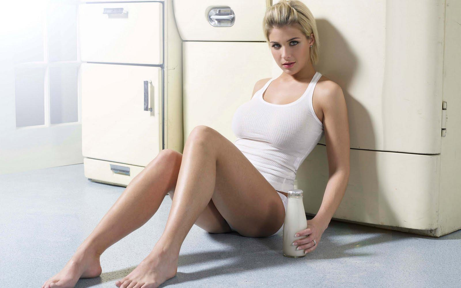 Gemma Atkinson Wallpapers : World Top Best HD Desktop Wallpapers