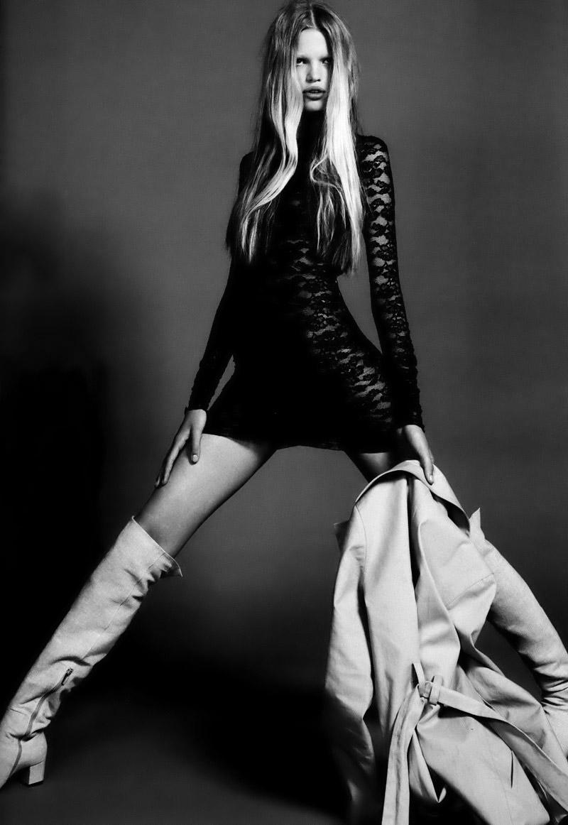 FASHION FAVES • Daphne Groeneveld by Mert & Marcus for Vogue Paris