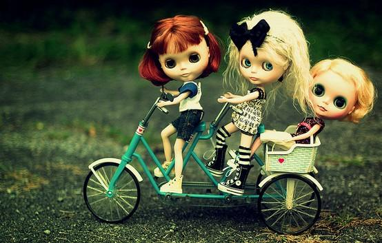 Blythe / Riding along...