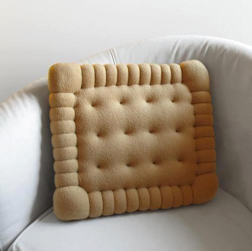 Cool Stuff / Biscuit Cushion