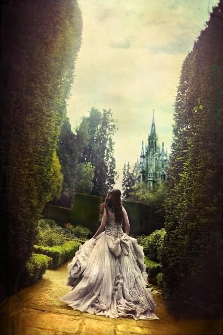 Fairy Tale / greige: Greige fairy tale...