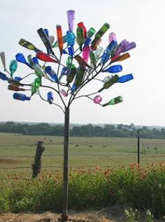 Garden / Bottle tree! Gonna do this for real.