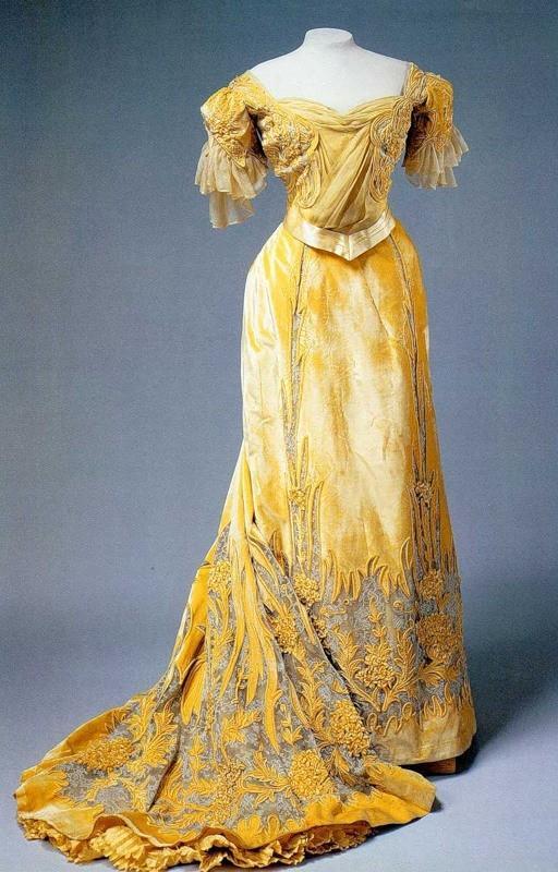 Historical Fashion: Edwardian/Art Nouveau (1900-1920)