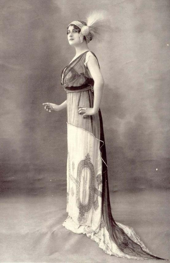 Historical Fashion: Edwardian/Art Nouveau (1900-1920)