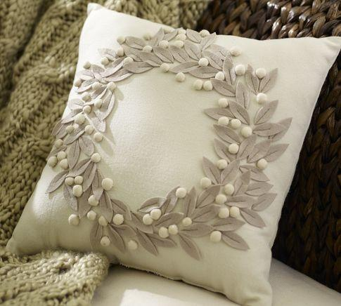 Home Decor I Love / Pretty pillow