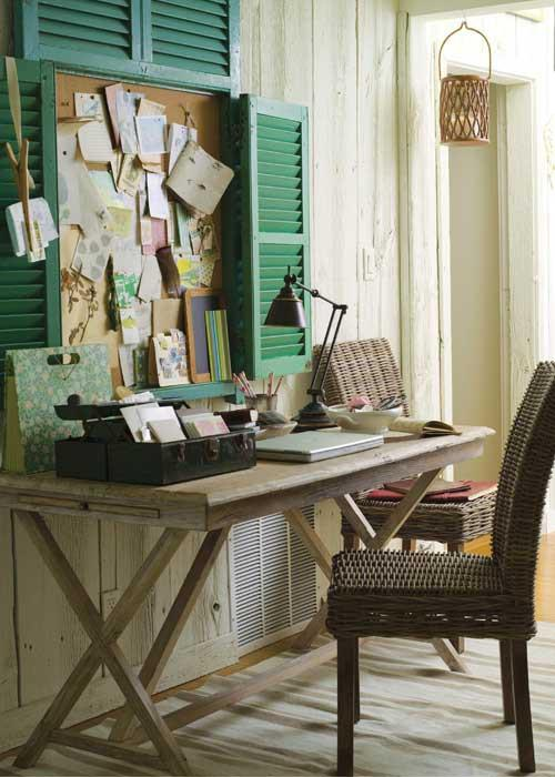 Home sweet Home / cute idea for desk space!