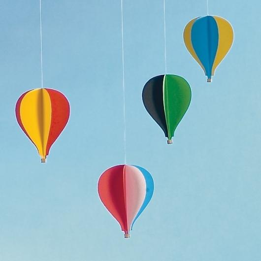 Mobile Flensted Montgolfière - Smallable — Designspiration
