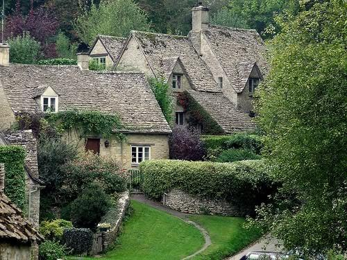 Places & Spaces / English cottages...