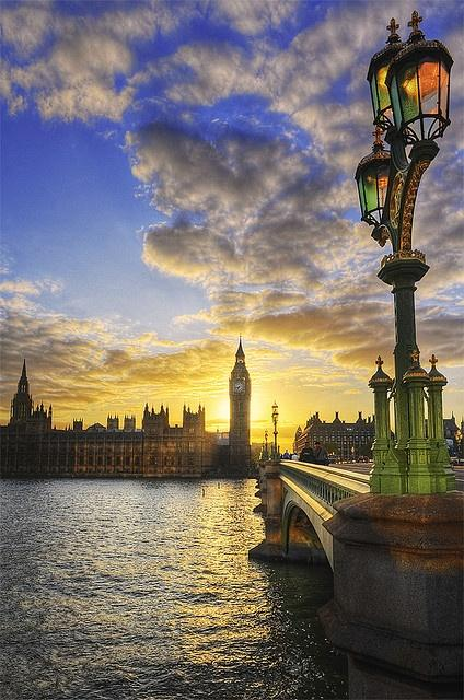 What a Wonderful World / Sunset, Thames River, London, England.